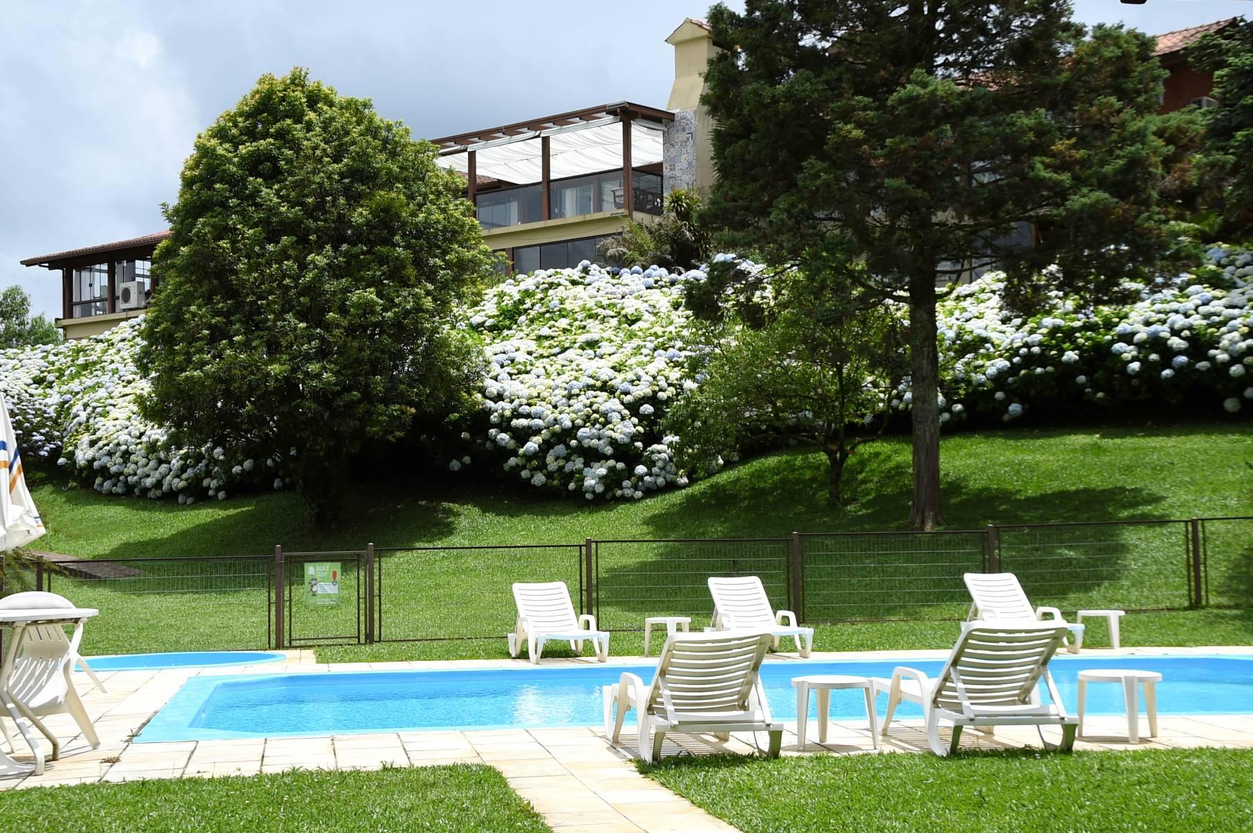 Piscina - Hotel Bangalôs da Serra #CurtaSuaFamilia #HotelSustentavel #TurismoVerde #TravelersChoice #EcoLider #Gramado