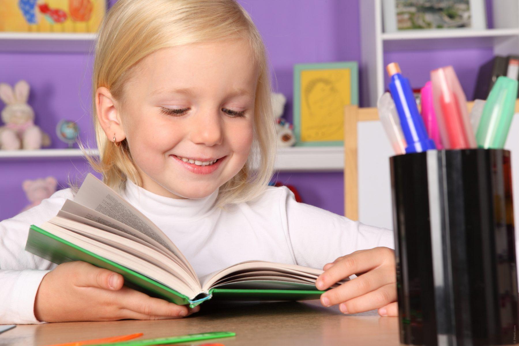 Crianças Leitura Livros