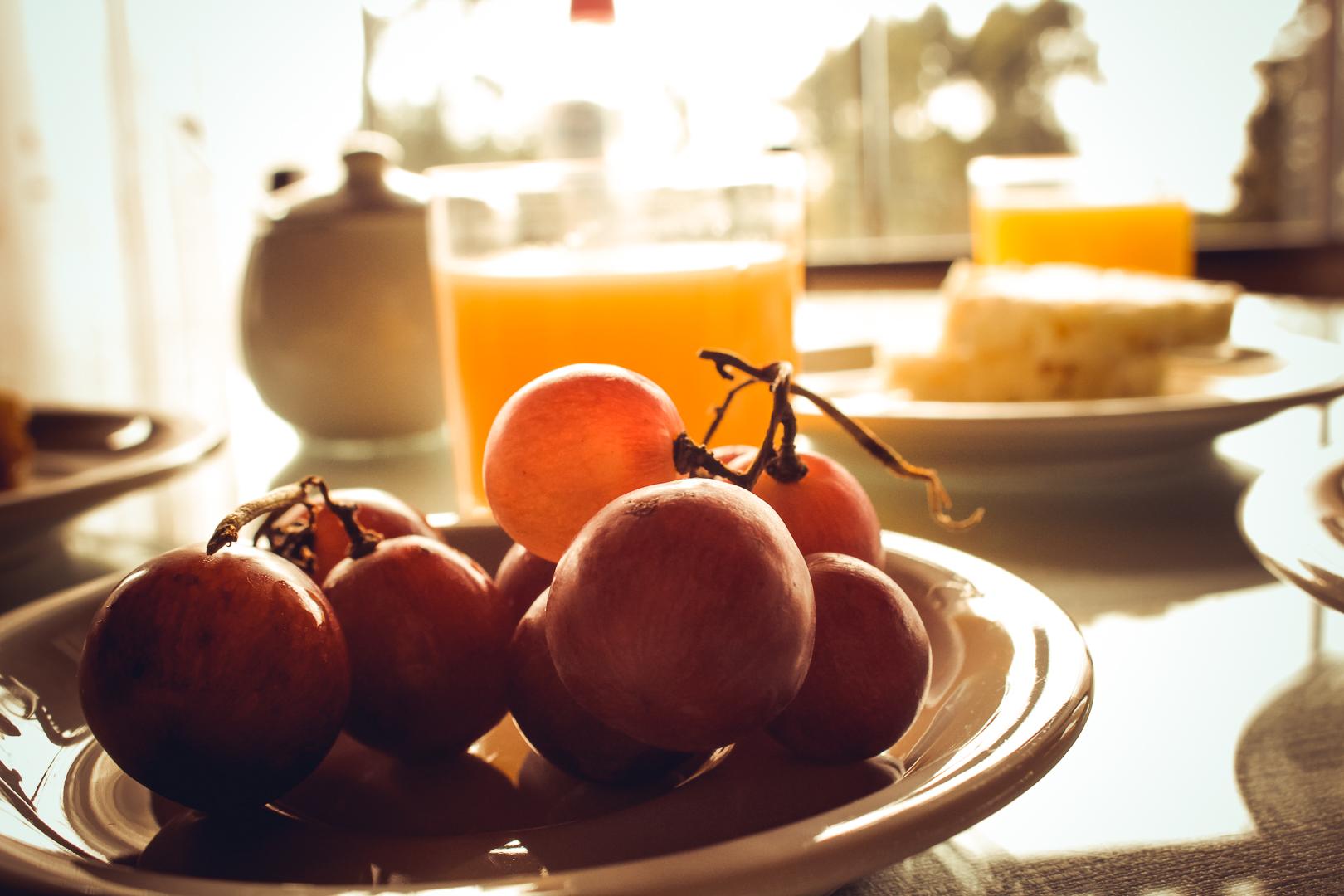 Café da Manhã no Hotel Bangalôs da Serra em Gramado - Serra Gaúcha - Natassia Truz Moraes